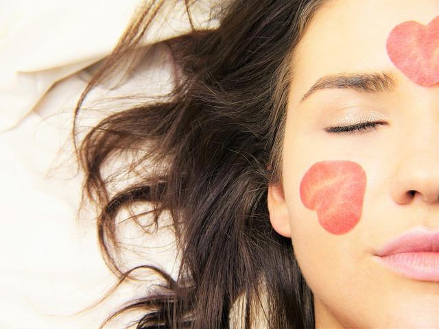 cara mengenal jenis kulit wajah